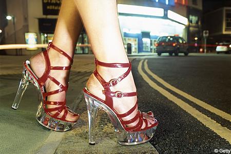 redshoesG_450x300